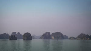 IC-Hon Silver-001-1603364-Halong bay-Di Wayne