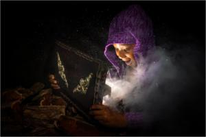 IC-Hon Platinum-001-1264589-Fantacy Box-Pieter Venter